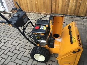 CUB CADET 3 STAGE SNOWBLOWER