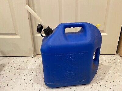 Blitz 5 Gallon Blue Plastic Kerosene Gas Vented Can W Flex Spout Nozzle