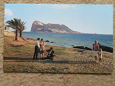 POSTCARD. THE ROCK OF GIBRALTAR FROM SPANISH COAST.PLASTICHROME SERIES.2p STAMP.