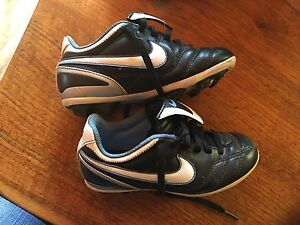 Soccer Cleats - child's 11