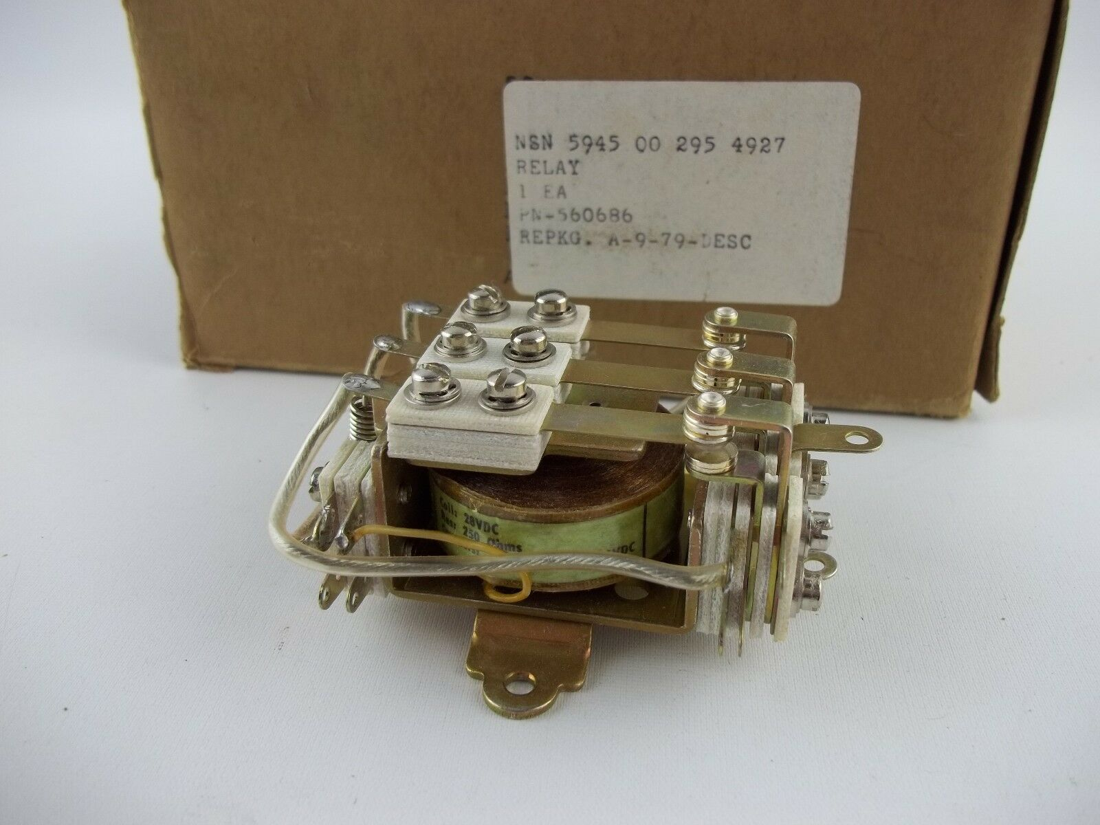 NOS Aircraft Industrial ARMATURE RELAY  P/N: 560686, Advance Co, Electromagnetic