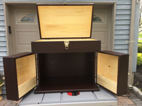 Equestrian Wall Mount Grooming Tack Storage Box Trunk Solution tlequine