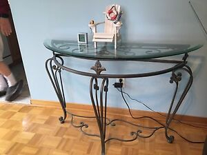 Display stand. wrought iron look with glass top