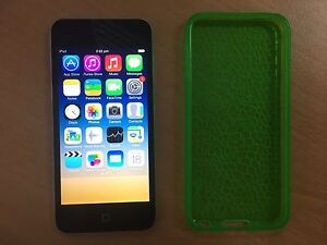 Apple IPod Touch Silver 16g. As New Medowie Port Stephens Area Preview