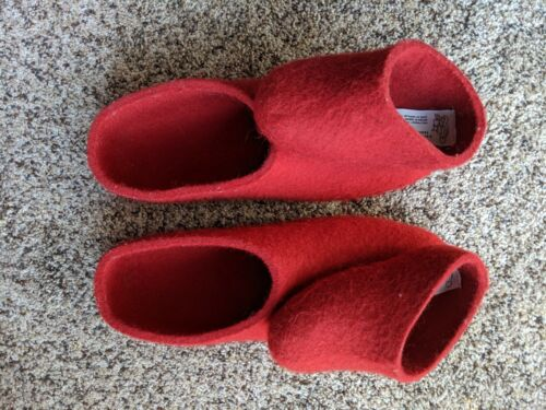 Dance Shoes / Tanssitossut, size 43/ US 10, red