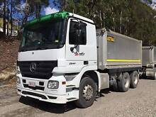 Truck and trailer with work Arundel Gold Coast City Preview