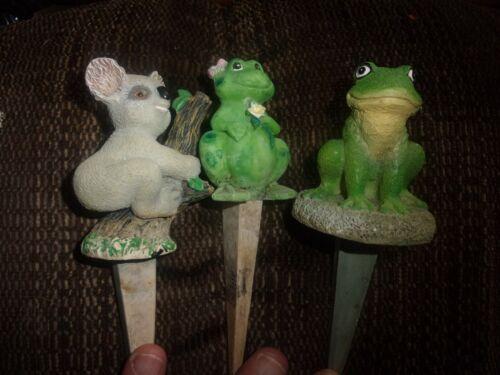 Vintage Lot 3 Flower Decorative Spikes 2 Frogs & 1 Koala Watering?