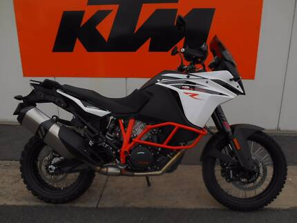 KTM 1090 Adventure R (Ex Demo, only 653 Kms!)