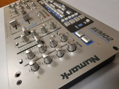 Numark Video/Audio Mixer with Effects Model AVM02 - Used