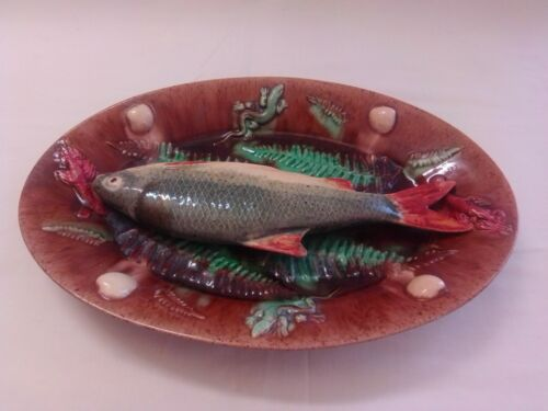 Palissy Majolica _ French with fishs.
