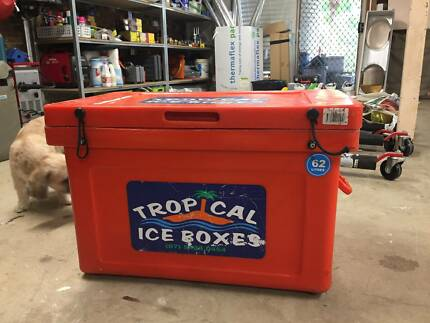 Tropical Ice Box 62 Litres