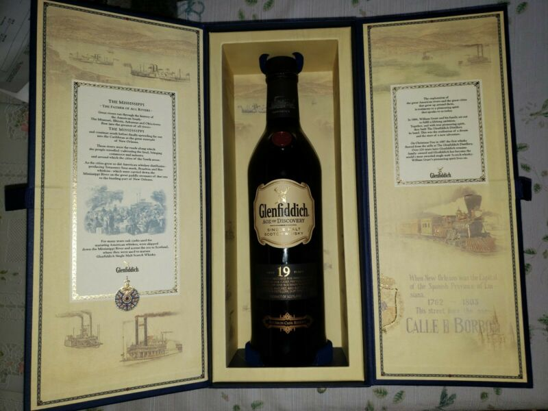Glenfiddich Age Of Discovery Scotch Display Box with empty Bottle