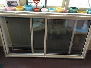 Window double hung