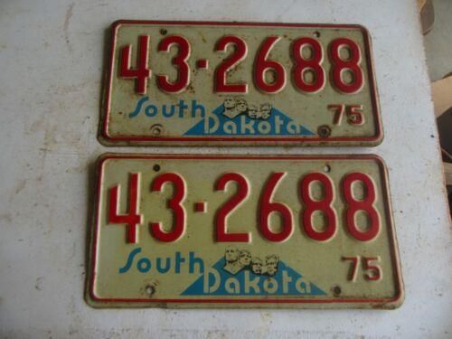Vintage 1975 South Dakota License Plate Pair Lot 20-67-5