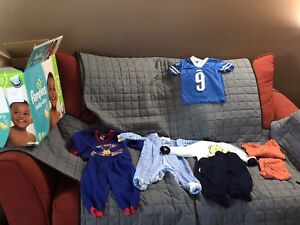 Boy's clothing 0-24 months