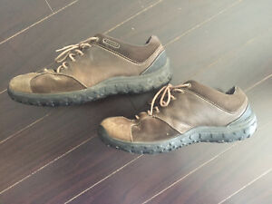 Columbia hiking shoes boots size 12