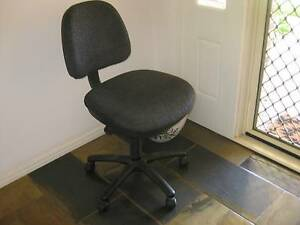 Office Chair Cleveland Redland Area Preview