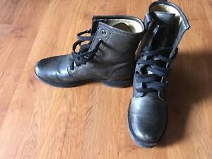 Frye  Veronica Combat boots - olive green Size 8