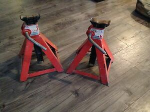 Jack Stands -- Heavy Duty