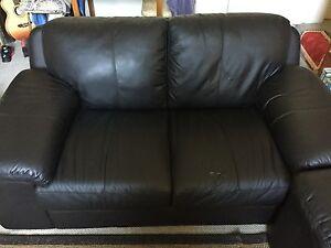 Free couches Ashfield Ashfield Area Preview