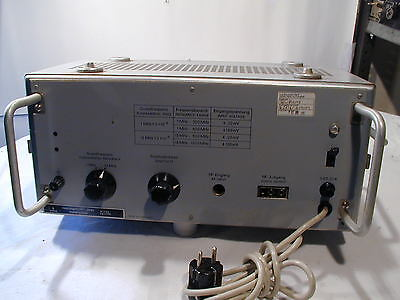 SIEMENS Frequency Calibrator / Frequenzeichgerät  2x10-5 1.....1000 MHz