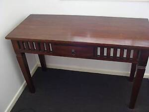Solid wooden table Annerley Brisbane South West Preview