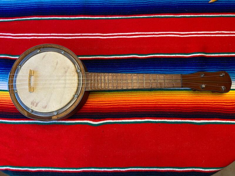 1930's Antique Vintage Ukulele Banjolele Unique stringed instrument.