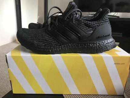 Adidas Ultra Boost 4.0 Triple Black US8.5, US9