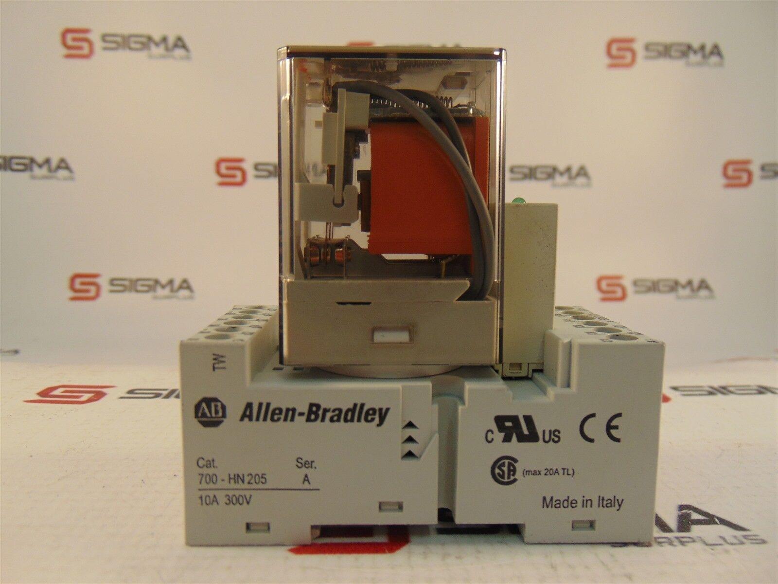 Allen-Bradley 700-HN205 Relay Base 300VAC 10A w/700-HA33A2 240VAC 10A