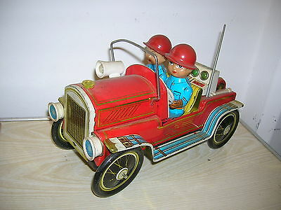 Red China Tintoy ME 699 - Feuerwehr Oldtimer with Fireman - 70er Jahre
