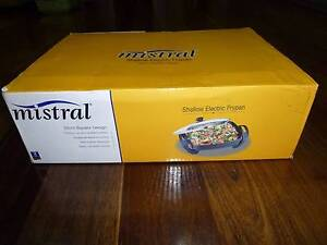 Mistral 2200W Electric Fry Pan - Brand New, Unused Bonner Gungahlin Area Preview