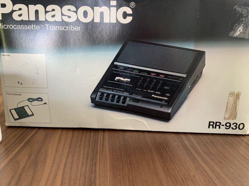 Panasonic RR-930 Microcassette Transcriber Recorder w/Foot Pedal Headphones Box