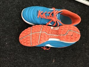 Turf indoor soccer shoes size 4.5 youth
