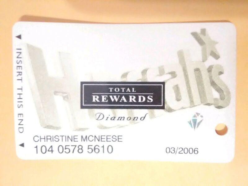 HARRAHS CASINO LAS VEGAS, NEVADA DIAMOND LOGO SLOT CARD GREAT FOR COLLECTION!