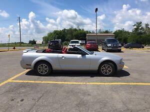 Mustang v6 auto cuir échange