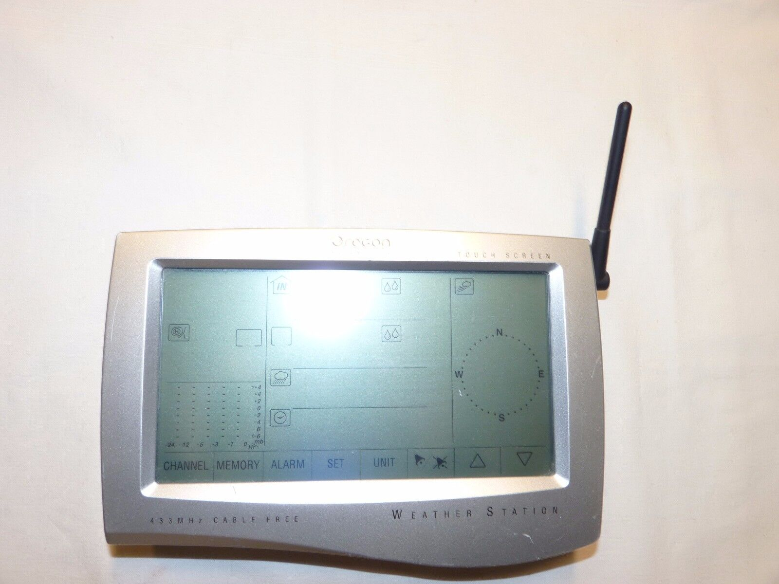 Oregon Scientific Touch Screen Operation Cable Free Weather Station-Only Unit