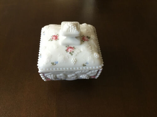 """Westmoreland 5"""" Square hand painted Beaded Grape Milk Glass Footed Lidded Dish"""