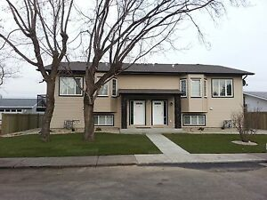 3 Bedroom Leduc House for Rent - available Feb 1