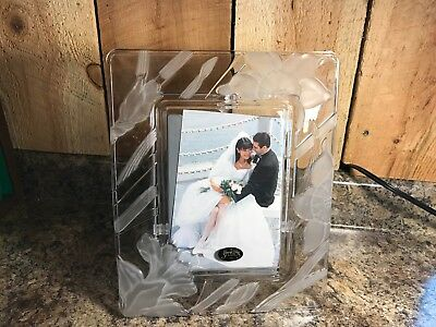 Crystal Clear Studios Frosted Glass Picture Frame