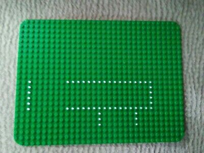 Vintage 1975 Lego Green Grass Baseplate 24 x 32 from Hospital Set 363/555