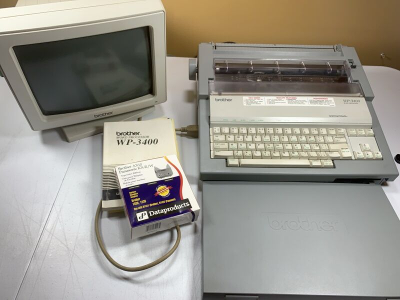 Brother WP-3400 Word Processor Electronic Typewriter w/Monitor TESTED & WORKS