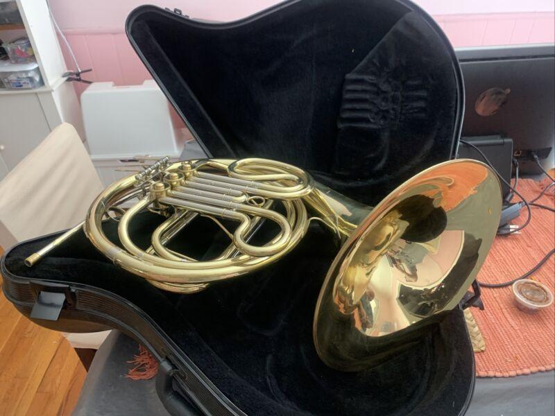 AMATI KRASLICE AHR 321  FRENCH HORN - Czech Republic Instrument + Hard Case