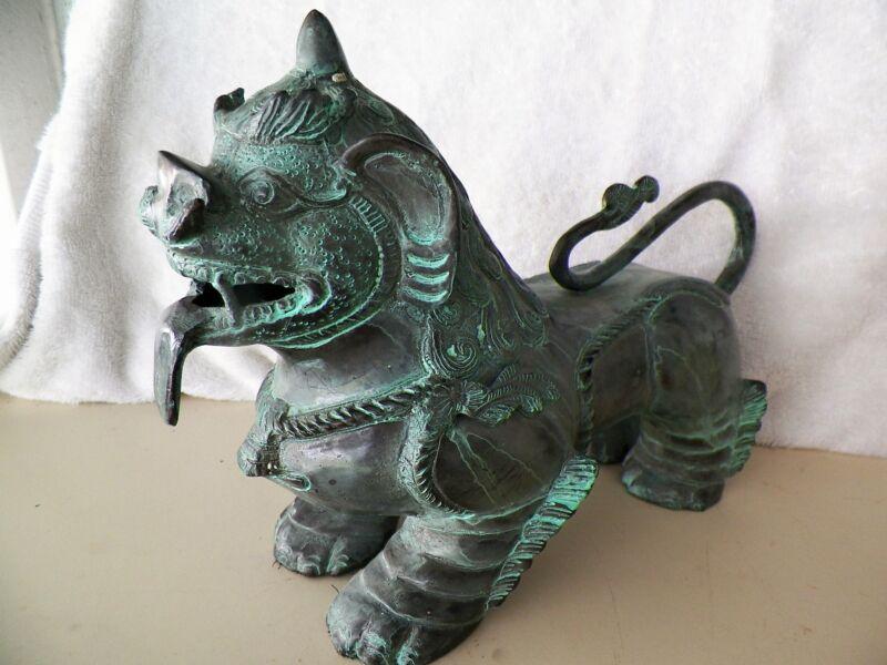 LARG/HEAVYE ORIENTAL BRONZE FOO DOG FIGURINE