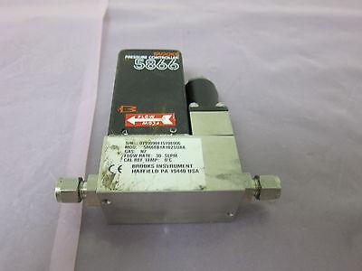Brooks 5866EB1A1B2SUAA Series 5866 Pressure Controller, N2, 30 SLPM, 401988