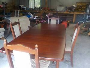 8 piece lounge .kitchen suite absolutely cheap Godwin Beach Caboolture Area Preview