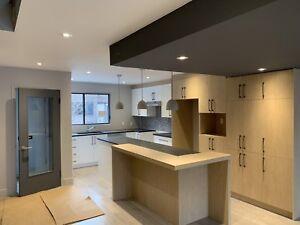 Maison/Condo à louer sur 3 étages,3-4 chambres à Brossard.Libre!