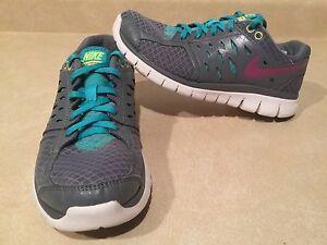 Women's Nike Flex 2013 Run Running Shoes Size 7