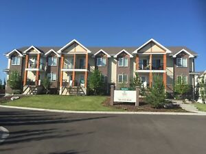 3 Bedroom Townhouse - 1 MONTH FREE!!!
