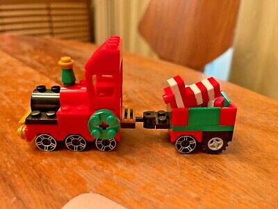 Lego 40034 Christmas Train 100% complete with instructions. RARE