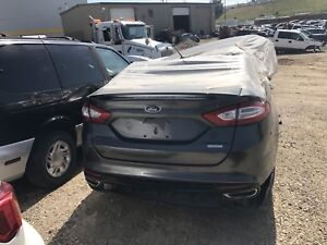 2015 Ford Fusion AWD For Parts
